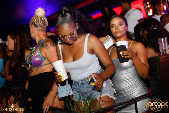 Barcode-Saturdays-Toronto-Nightclub-Nightlife-Bottle-service-Ladies-free-hip-hop-reggae-trap-soca-caribana-004
