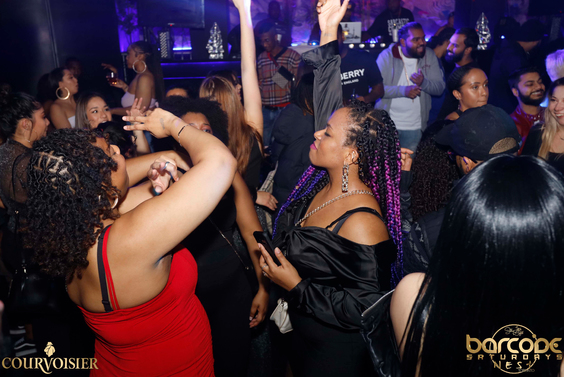 Barcode-Saturdays-Toronto-Nightclub-Nightlife-Bottle-service-ladies-free-hip-hop-trap-dancehall-reggae-soca-afro-beats-caribana-008